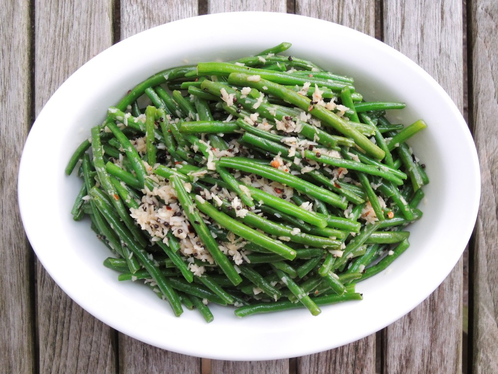 Vegetables, beans, French, blanched, with coconut 1