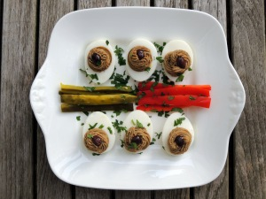 Appetizers, eggs, chicken liver stuffed eggs (Hungarian toltatt tojas) 1
