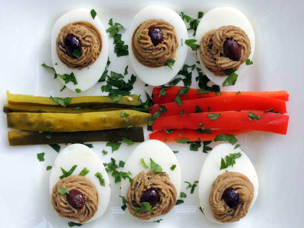 Appetizers, eggs, chicken liver stuffed eggs (Hungarian toltatt tojas) 2
