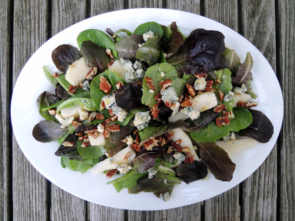 Salads, green, pear, Stilton and baby romaine with white wine vinaigrette 1