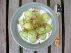 Desserts, fruit, fresh, honeydew melon in coconut milk 1
