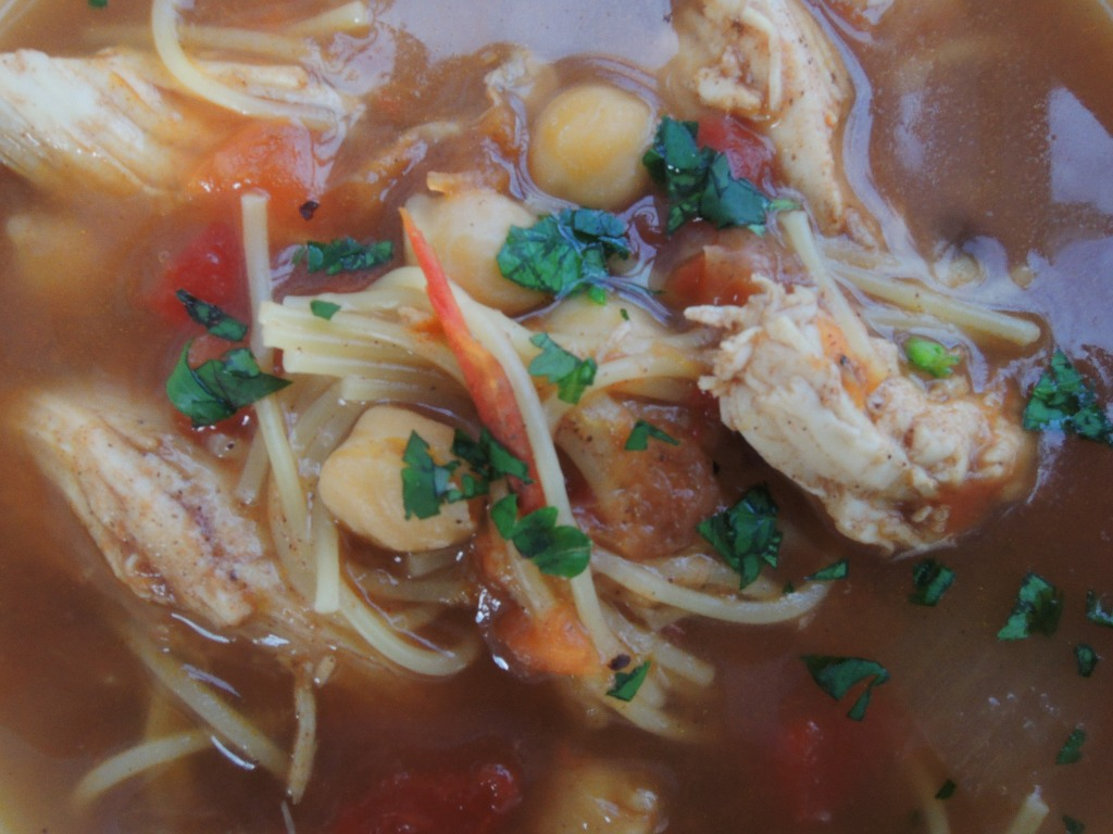 Soups, chicken, Moroccan chicken soup with chickpeas and vermicelli 2