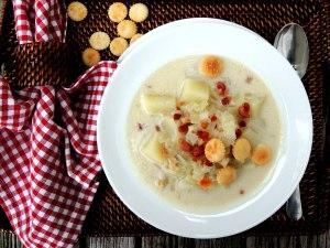 Soups, chowders, New England clam chowder 2