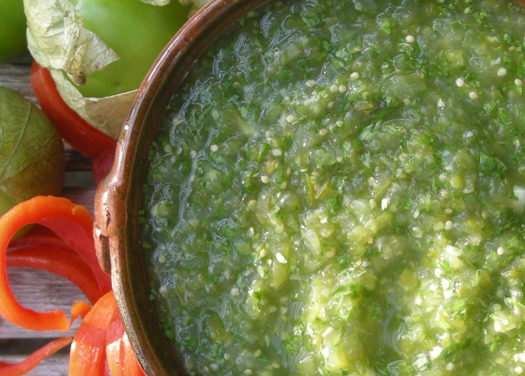 Appetizers, dips and spreads, salsa de tomate verde 3