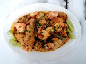 Chicken, fricassees, Bahian chicken and shrimp stew 1