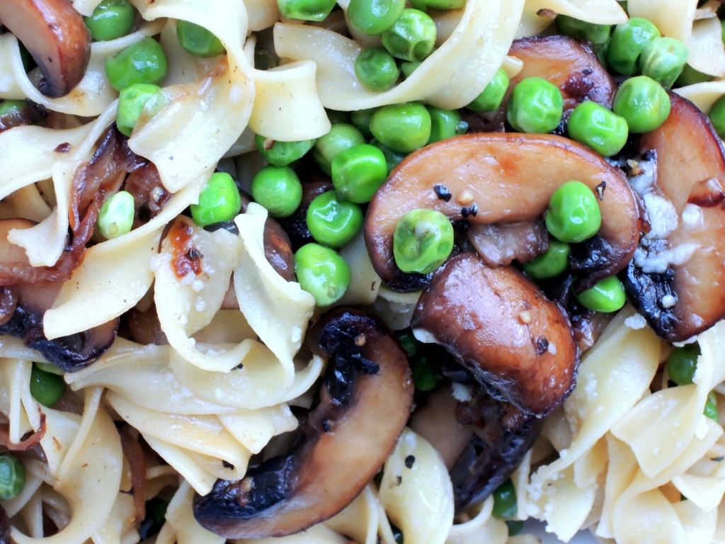 Pasta, egg noodles with mushrooms and peas 2