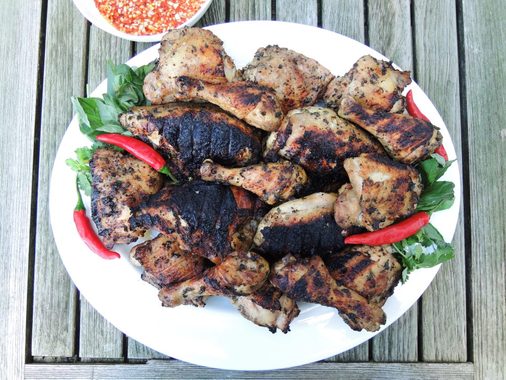 Chicken, grilled chicken with Thai sweet and sour dipping sauce (gai yang) 1