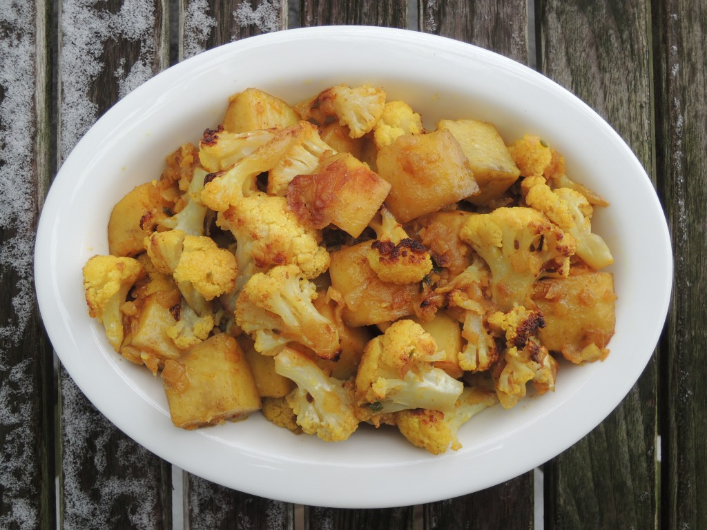 Vegetables, cauliflower, aloo gobi 1