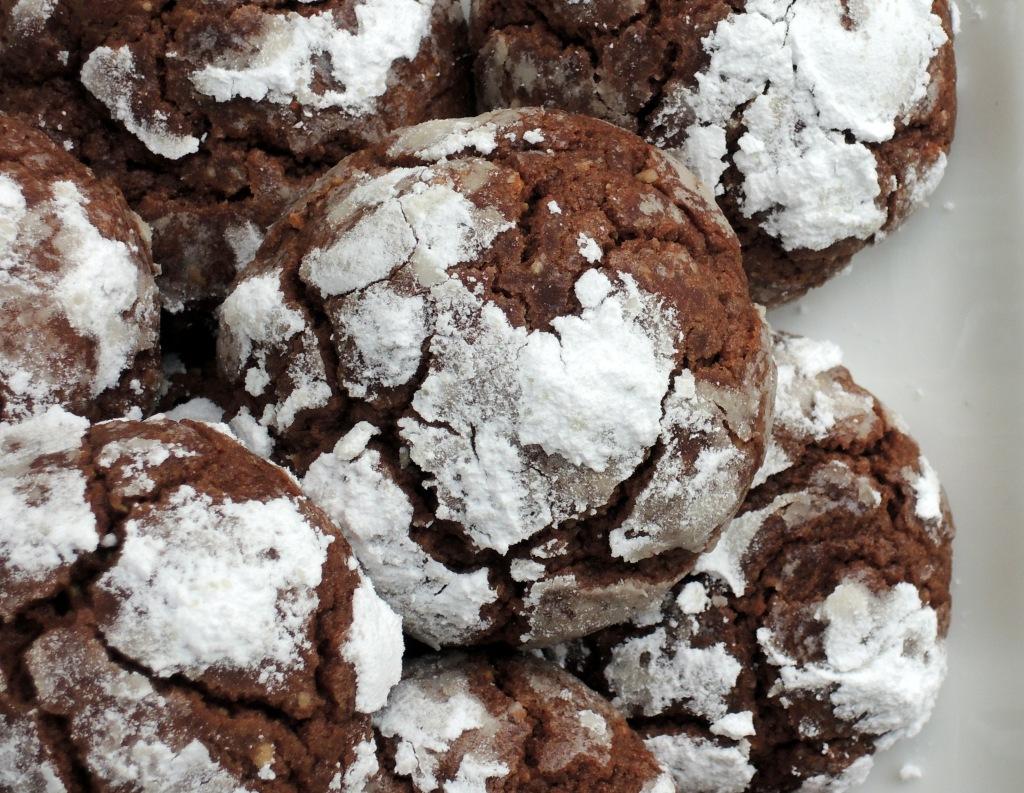 Desserts, cookies, chocolate hazelnut crinkle cookies 2