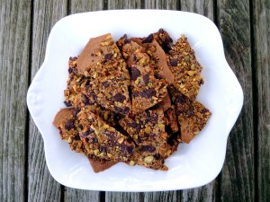 Desserts, cookies, dark chocolate pistachio tuiles 1