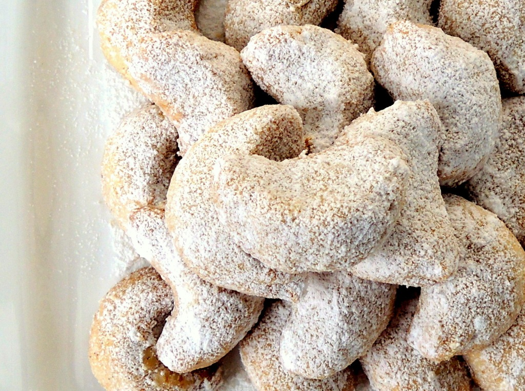 Desserts, cookies, Viennese crescents 2