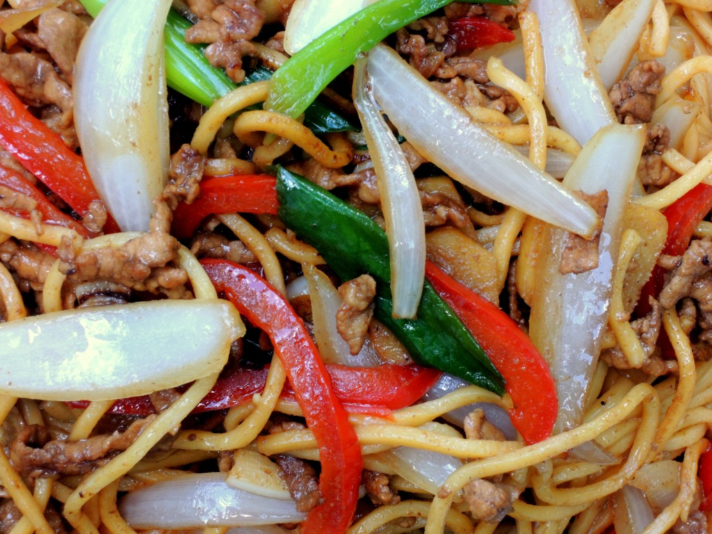 Pasta, lo mian with sweet pork filllets 3