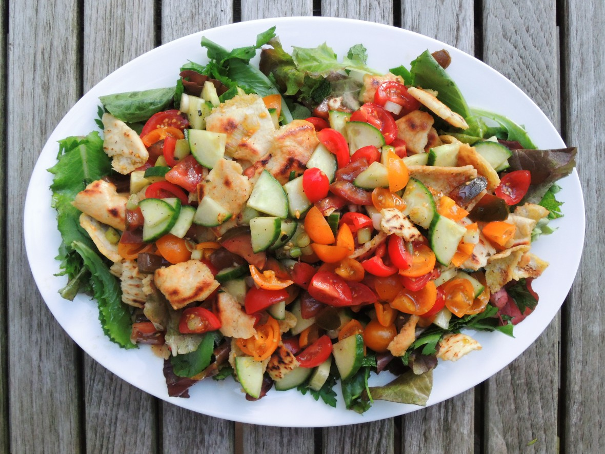 salads-chopped-fattoush-arab-mixed-vegetable-salad-1