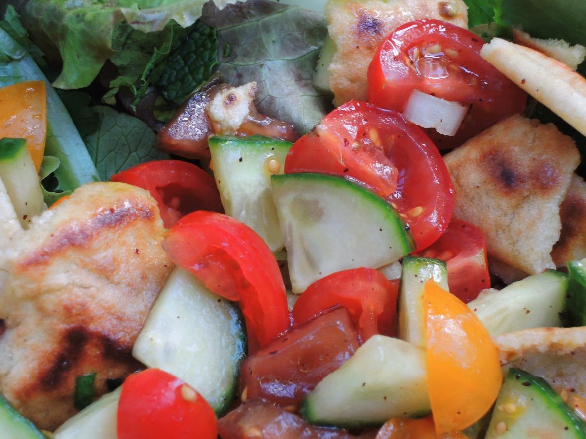 salads-chopped-fattoush-arab-mixed-vegetable-salad-2