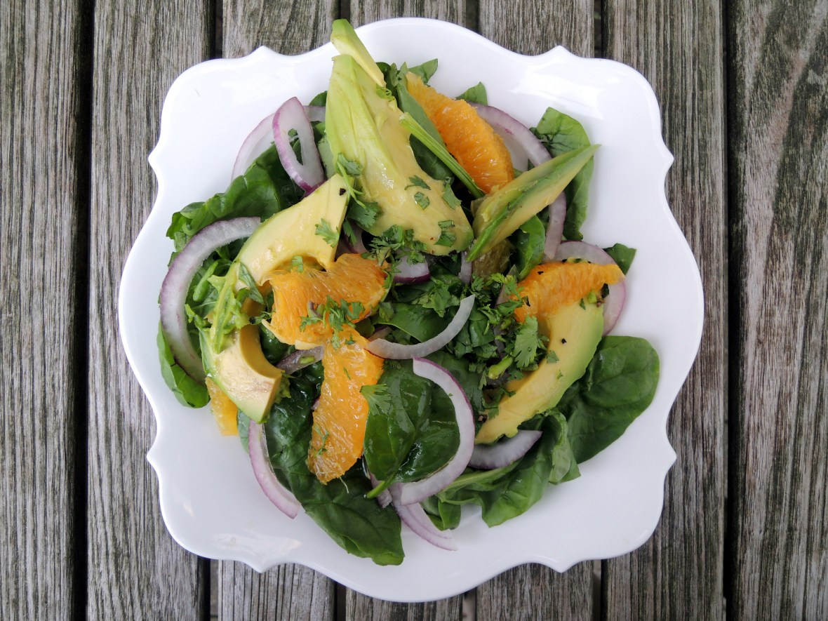 salads-spinach-salad-with-avocado-orange-red-onion-and-coriander-vinaigrette-3