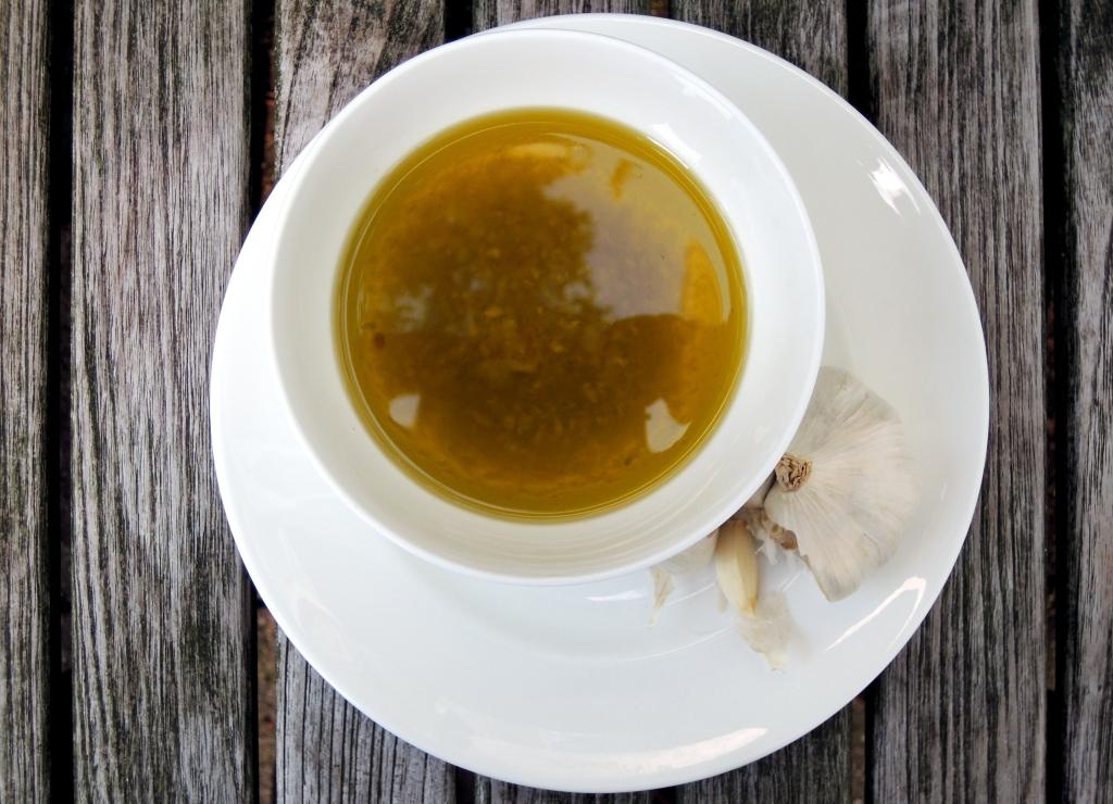 Condiments, oils, garlic oil 1
