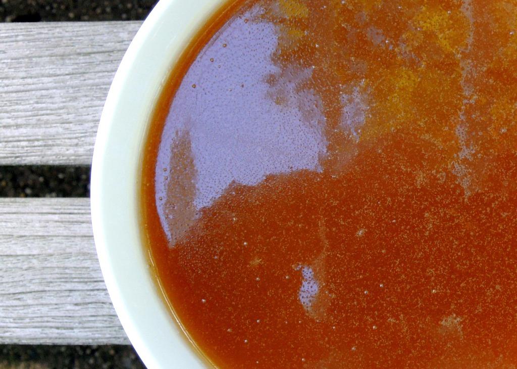 Desserts, sauces, butterscotch sauce 2