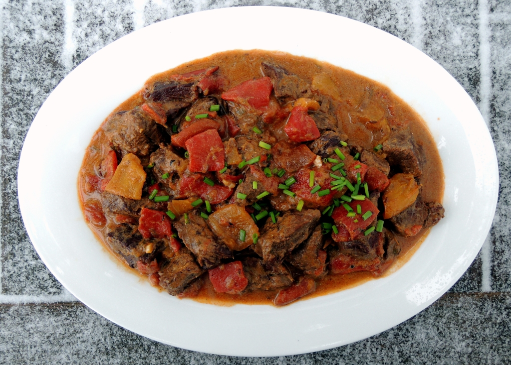 Beef, stews, Hungarian roasted pepper goulash 1