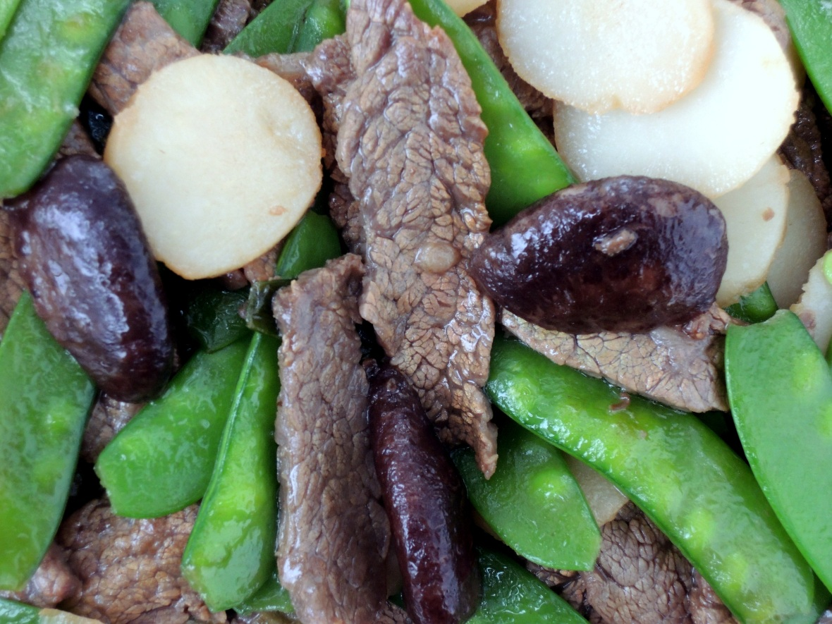 Stir-frys, Lomay's beef with snow peas 3