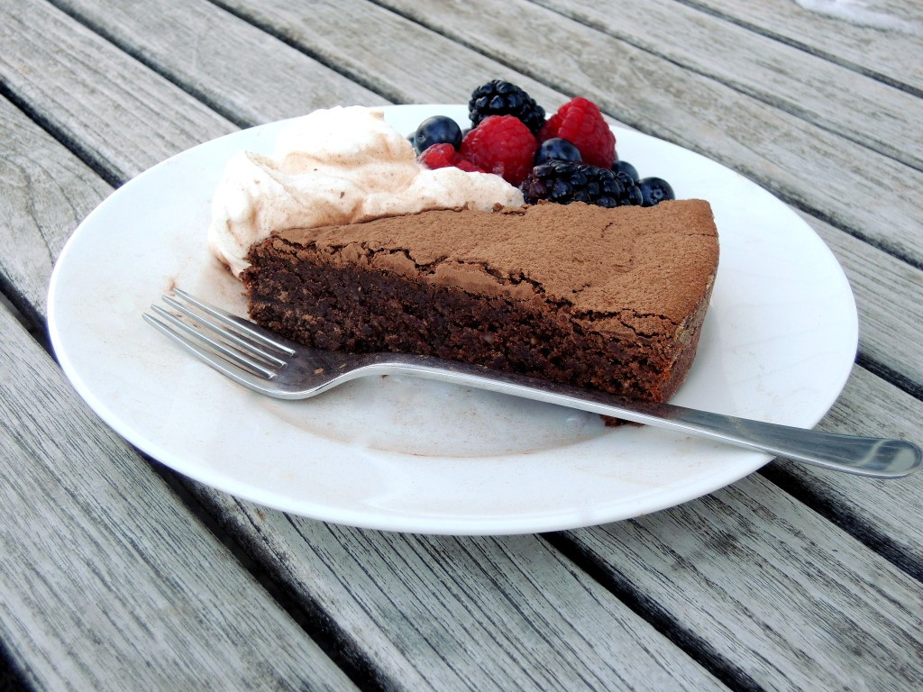 Desserts, cakes, tortes, torta di cioccolata alle mandorle 3