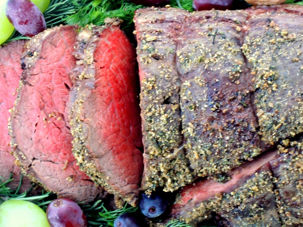 Beef, tenderloin, roasted beef tenderloin with fennel and rosemary and creamy mustard sauce 2