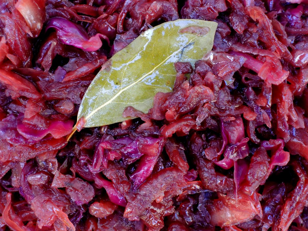 Vegetables, cabbage, sauteed red cabbage, red onion and sauerkraut 2 (2)