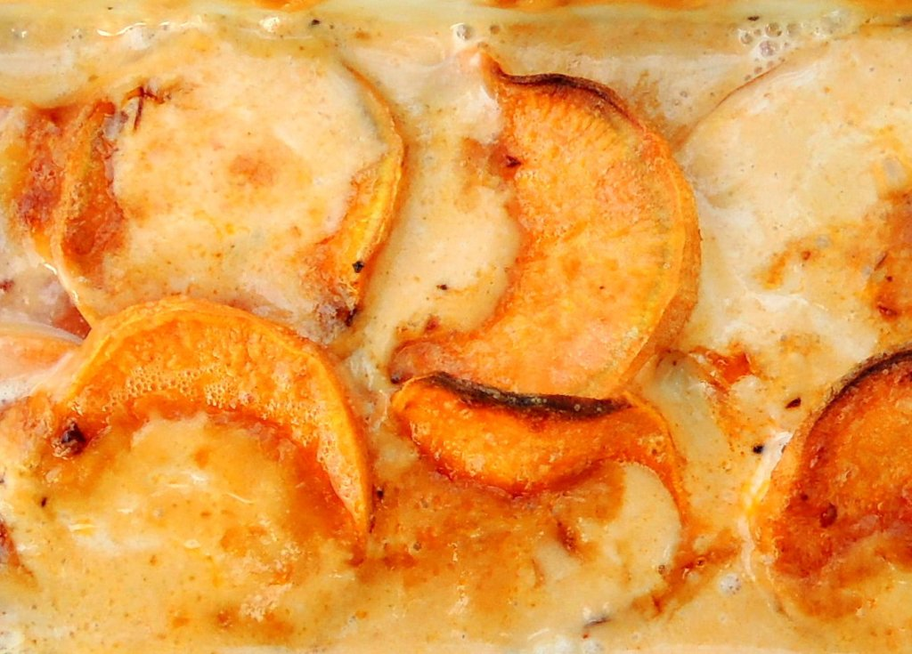 Vegetables, potato gratins, yam and chipotle cream gratin 2