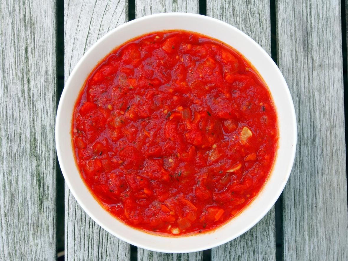 Pasta, ravioli with bacon, ricotta and Swiss chard, Mario's basic tomato sauce 3.JPG