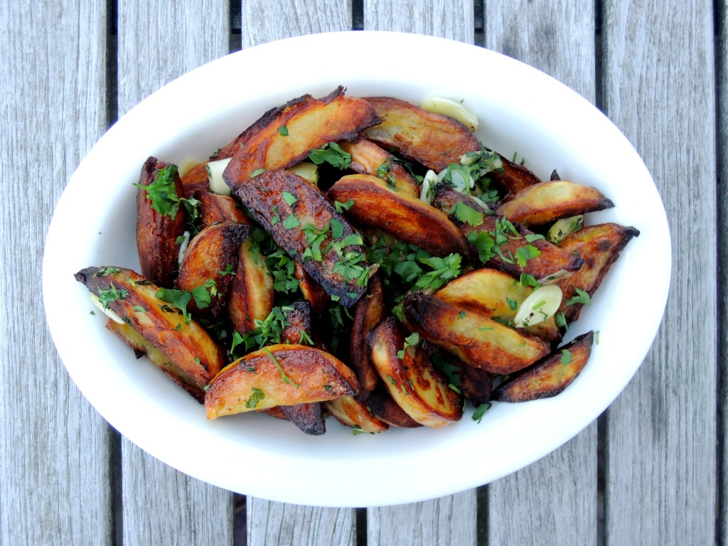 Vegetables, potatoes, roasted potato spears with garlic and herbs 1