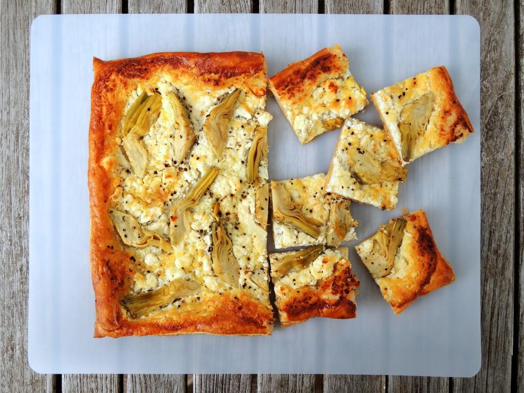 Appetizers, puff pastry, tarts, artichoke and feta tart 2