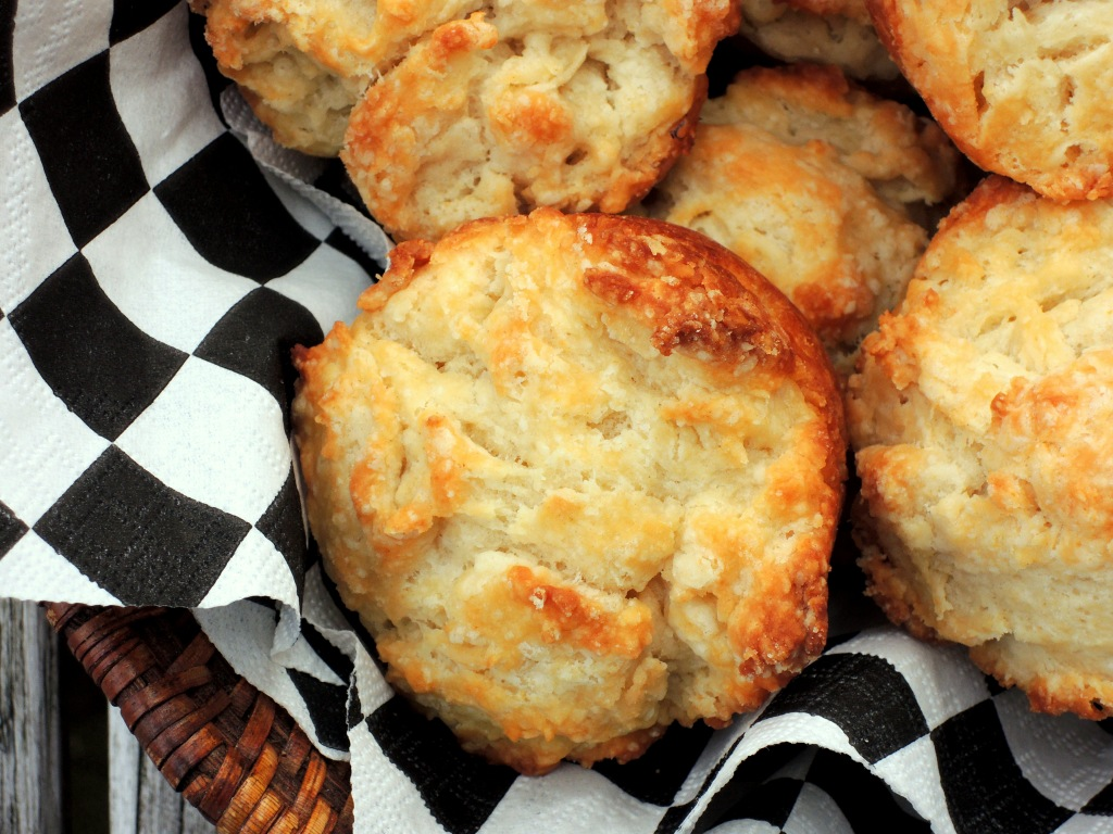 Breads, muffins, Southern biscuit muffins 2